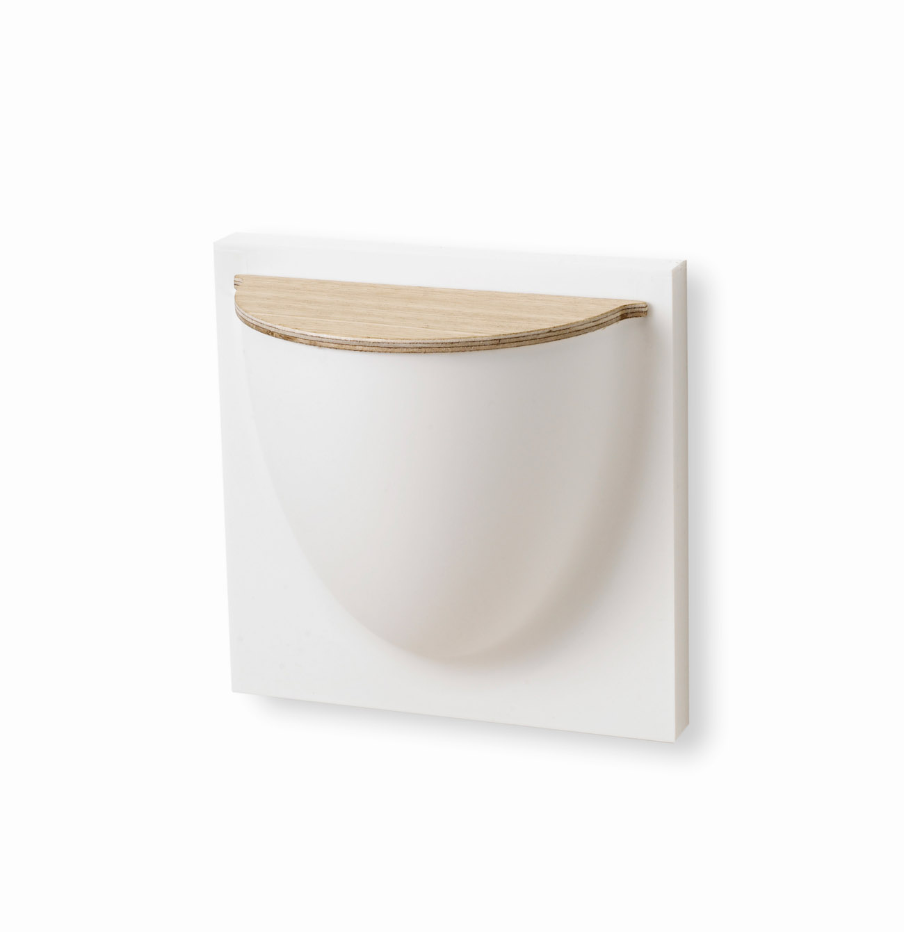 Wallpot with lid