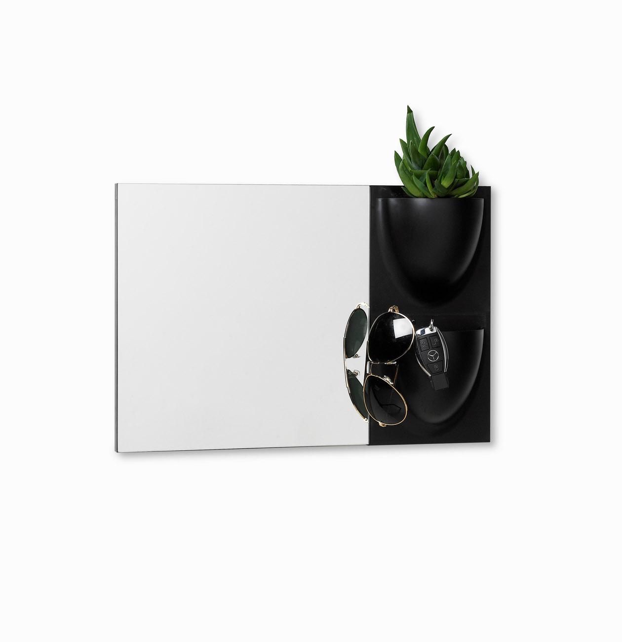 Mirror and wallpots from Verti Copenhagen